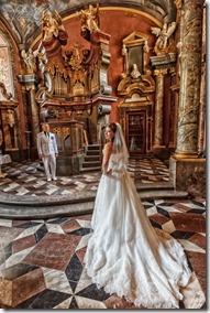 Фотографии со свадьбы в Праге - Климентинум